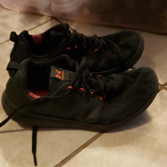 Under Armour Other - Boys under armour shoes